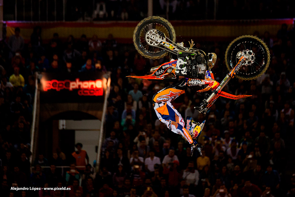 Red Bull X-Fighters 11