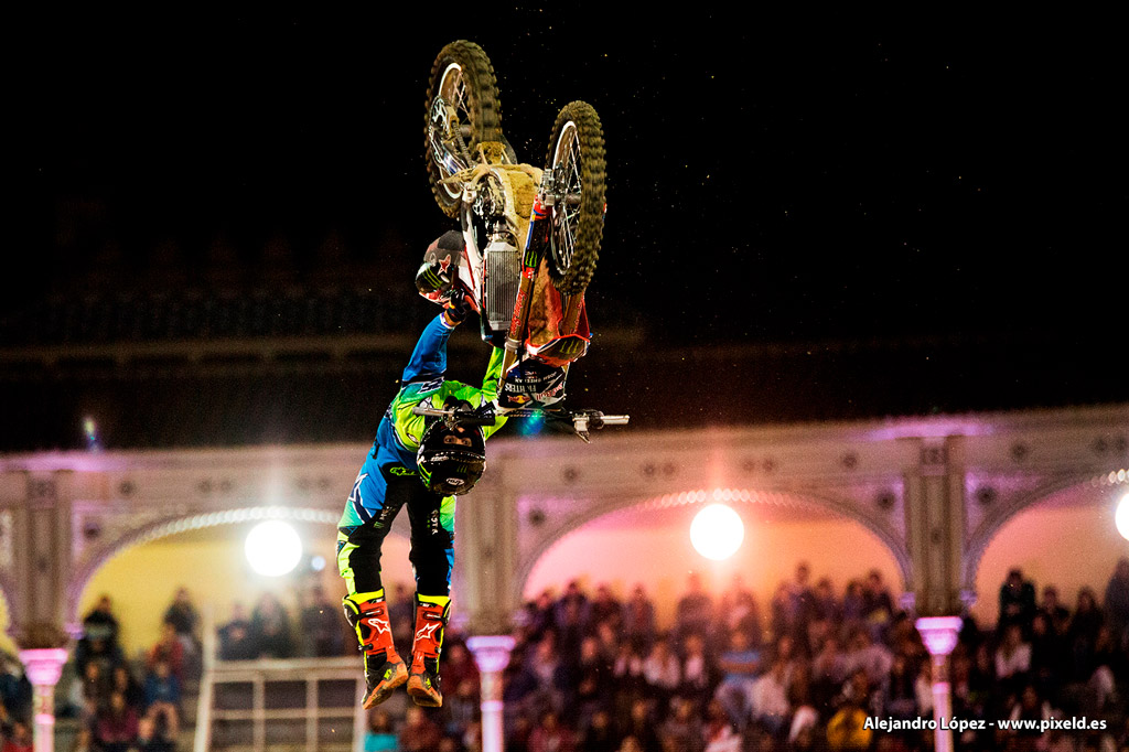Red Bull X-Fighters 12