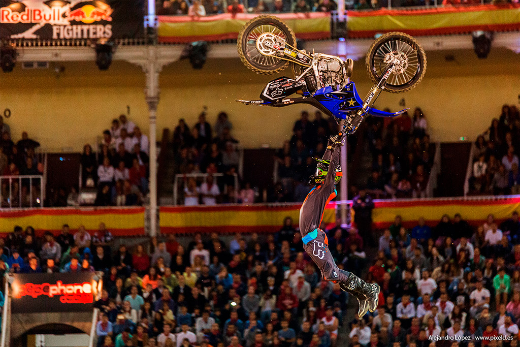 Red Bull X-Fighters 6